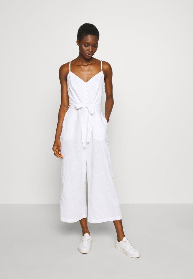 STRAPPY FRONT WIDE LEG CROP - Jumpsuit - white