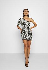 Guess - FLORENCE DRESS - Cocktail dress / Party dress - black/white - 1