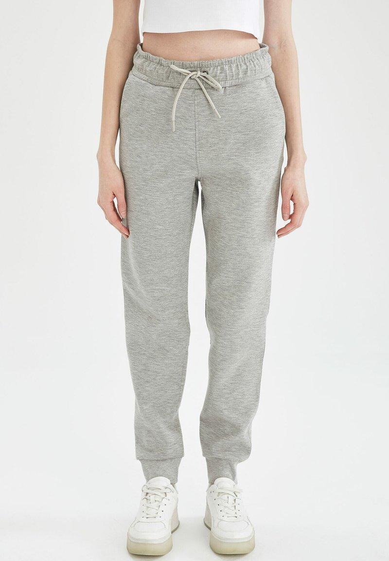 DeFacto - Tracksuit bottoms - grey
