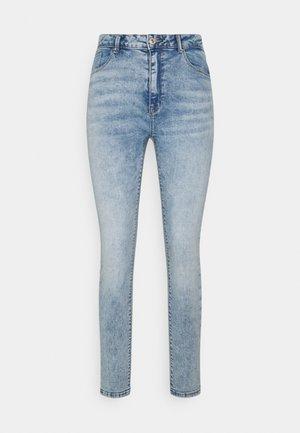 ONLPAOLA LIFE - Jeans Skinny Fit - light blue denim