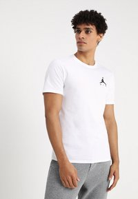 Jordan - JUMPMAN AIR TEE - Jednoduché triko - white/black - 0