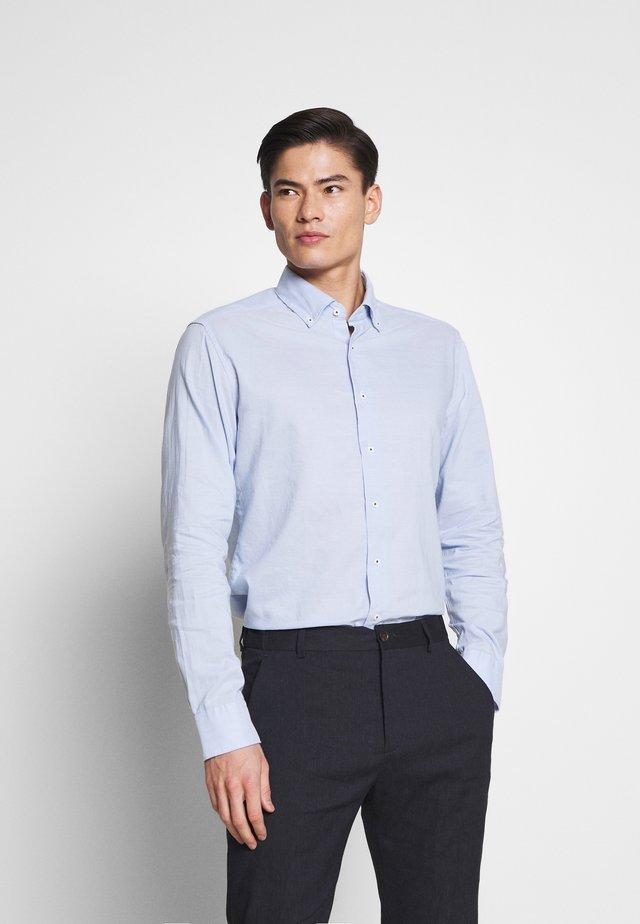 SLIM FIT CLASSIC  - Camisa elegante - blue