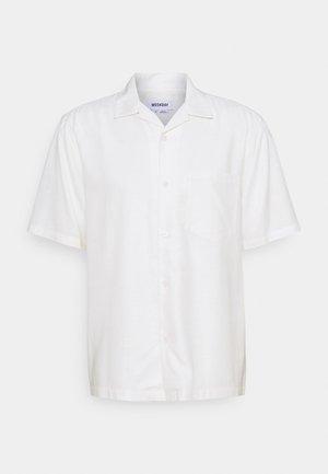 CHILL SHORT SLEEVE SHIRT - Shirt - white