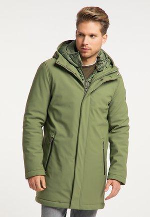 Winter coat - militär grün