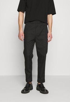 CLASSIC SADDLE PANT CROPPED - Bukse - black