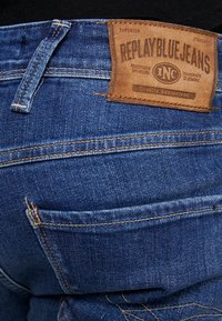 Replay - ANBASS - Slim fit jeans - medium blue - 4