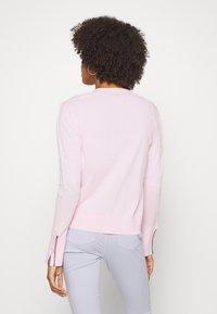 Tommy Hilfiger - LOUA CARDI - Cardigan - pastel pink - 2