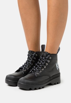 TREKKA BRUSH LOGO HIKER - Ankle boots - black
