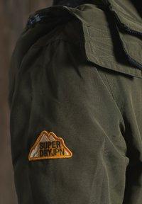 Superdry - OTTOMAN ARCTIC SD - Outdoorjacka - army khaki - 3
