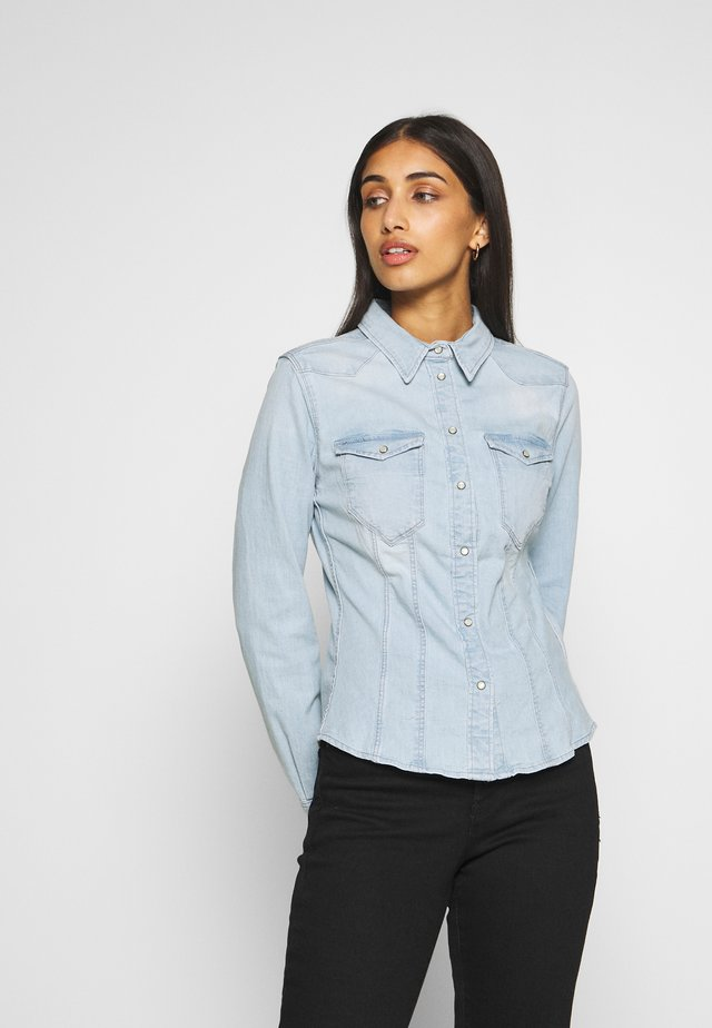SLIM SHIRT - Button-down blouse - light-blue denim