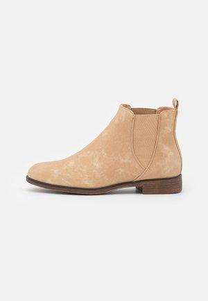 COMFORT - Kotníková obuv - gold