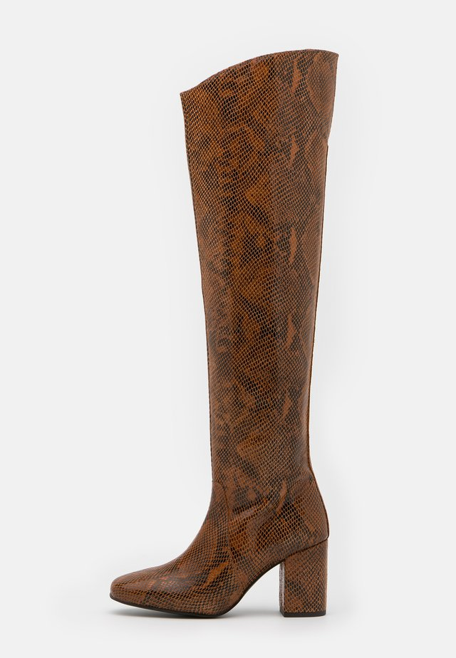 LAETITIA STIVALE - Over-the-knee boots - marrone