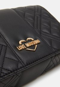 Love Moschino - EVENING BAG - Sac bandoulière - black - 5