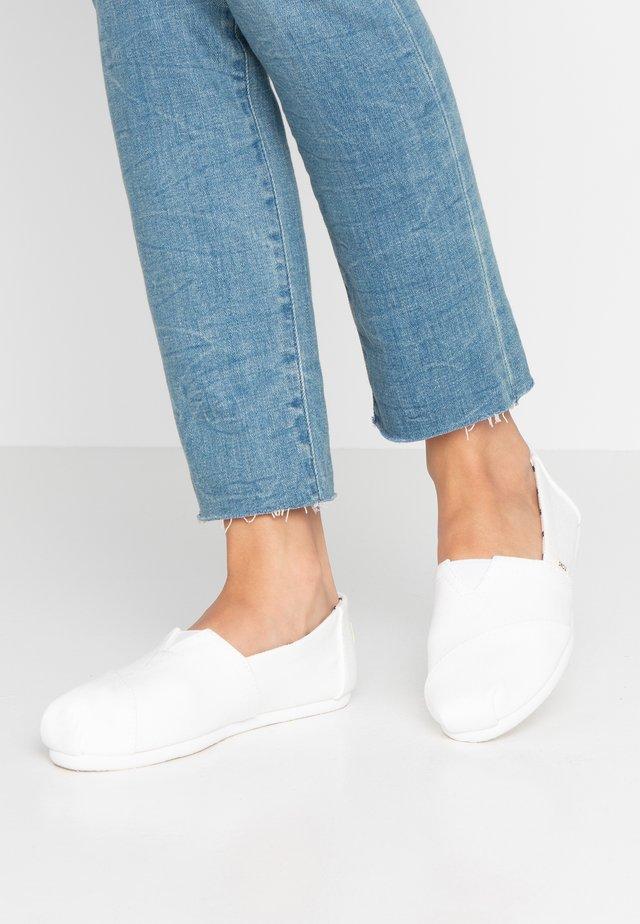 VEGAN ALPARGATA - Scarpe senza lacci - white