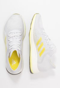 adidas Performance - FOCUS BREATHE - Neutral running shoes - grey/shock yellow/cloud white - 1