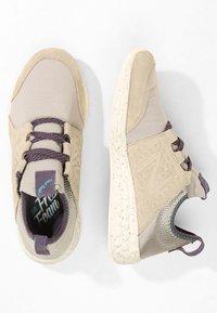 New Balance - FRESH FOAM CRUZ PROTECT - Chaussures de running neutres - aluminium - 1