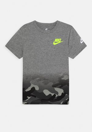 TEXTURED CAMO MIDWAY TEE - T-shirts med print - carbon heather