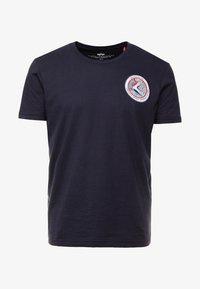 Alpha Industries - T-shirt imprimé - blue - 5