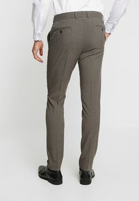 Lindbergh - PLAIN SUIT  - Puku - light brown - 6