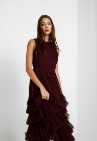 Lace & Beads - MEL MIDI - Cocktail dress / Party dress - burgundy - 4