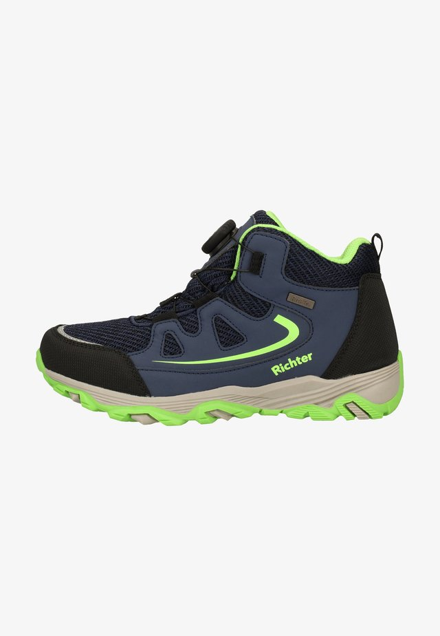 Platform ankle boots - atlantic/apple