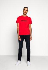 Just Cavalli - Print T-shirt - grenadine red - 1