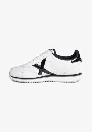SAPPORO - Zapatillas - white