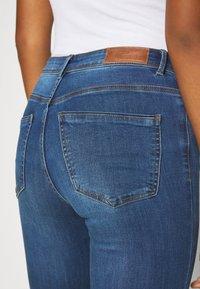 Vero Moda - VMTANYA PIPING - Jeans Skinny - dark blue denim - 4