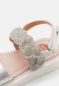 Gioseppo - TILDEN - Sandals - blanco - 5