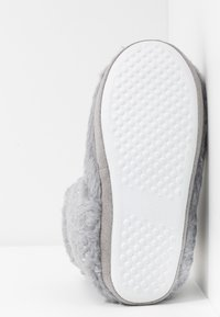 Dorothy Perkins - FLECK BOOTIE - Slippers - light grey - 6