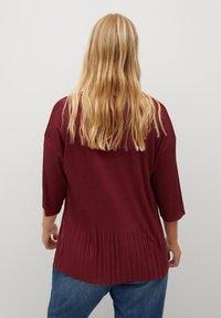 Violeta by Mango - Basic T-shirt - vinrød - 2