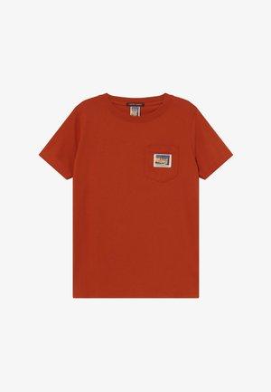 SHORT SLEEVE QUALITY  - Basic T-shirt - lumber red