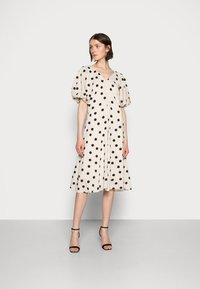 Love Copenhagen - VETA DRESS - Day dress - sesame dot - 0