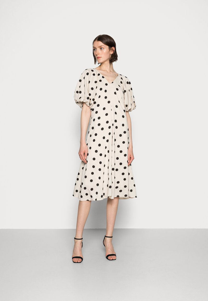 Love Copenhagen - VETA DRESS - Day dress - sesame dot