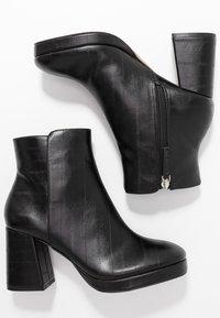 Topshop - EDDIE PLATFORM BOOT - Platform ankle boots - black - 3