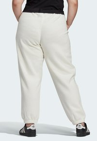 adidas Originals - HIGH RISE CUFFED PANTS - Tracksuit bottoms - white - 1