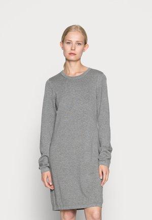 DRESS - Pletené šaty - grey medium