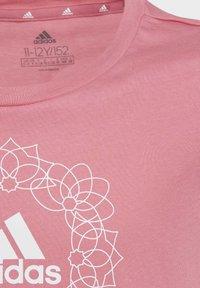 adidas Performance - Print T-shirt - pink - 4
