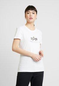 Alpha Industries - NEW BASIC - Print T-shirt - white/silver - 0