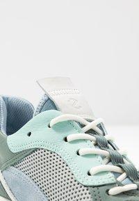 ECCO - ECCO ST.1 W - Sneakers laag - dusty blue/white/concrete/lake - 2