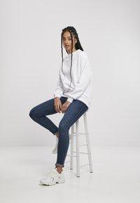 Urban Classics - Sweatshirt - white - 8