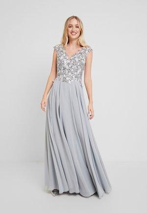 Společenské šaty - silber grau