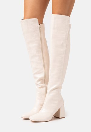 FLARED HEEL BOOT - Kozačky nad kolena - cream