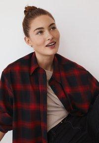 Mango - GRUNGE - Button-down blouse - rød - 5