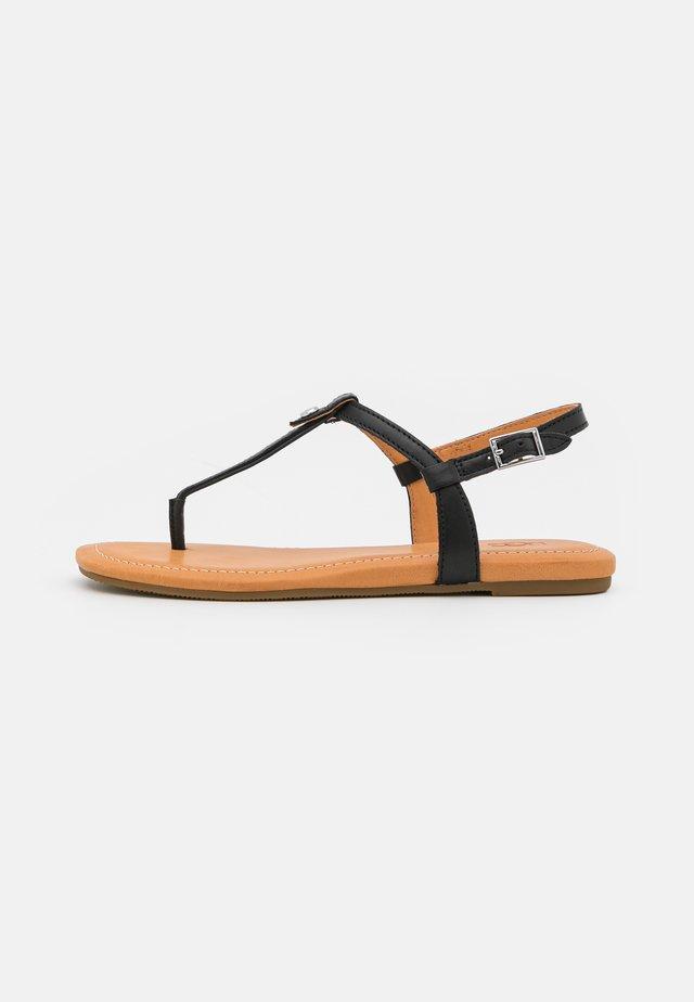 MADEENA - Sandalias de dedo - black