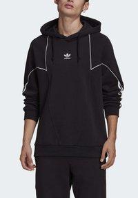 adidas Originals - BIG TREFOIL ABSTRACT HOODIE - Hoodie - black - 4