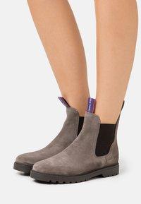 Blue Heeler - FRASER - Classic ankle boots - elefant - 0