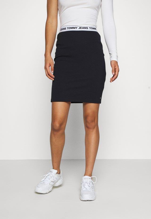 BODYCON SKIRT - Pouzdrová sukně - black