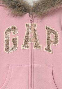 GAP - GIRL LOGO COZY  - Mikina na zip - pure pink - 2