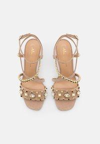 Alma en Pena - High heeled sandals - vison - 5